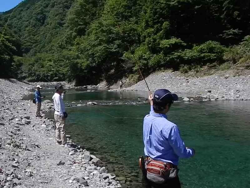 フライフィッシング スクール|うらたんざわ渓流釣場